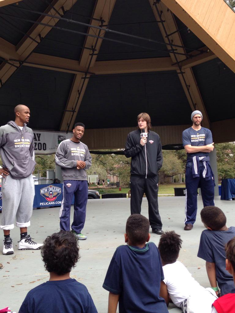 Jeff Whithey, Donte Cunningham, Luke Babbit and Norris Cole have joined us @PelicansNBA Day at the Zoo. Here til 3. http://t.co/ePQzvUAB2o