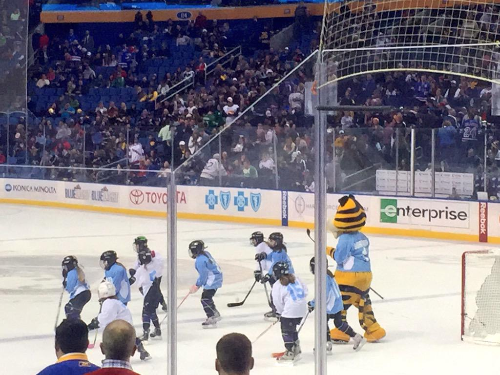 Girls' hockey action during first intermission at First Niagara Center. Makes me very happy. Well done @BuffaloSabres http://t.co/f9utyTiHu4