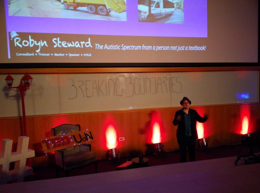 Very inspiring talk @robyn_steward #tedxuon #breakingblundaries http://t.co/LyNik6YFVp