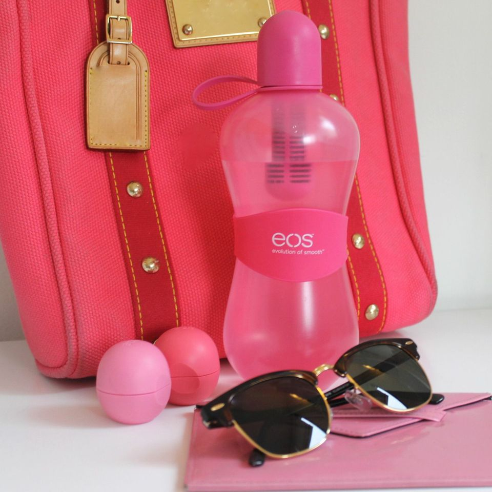 Think pink and stay refreshed! #eos #bobble