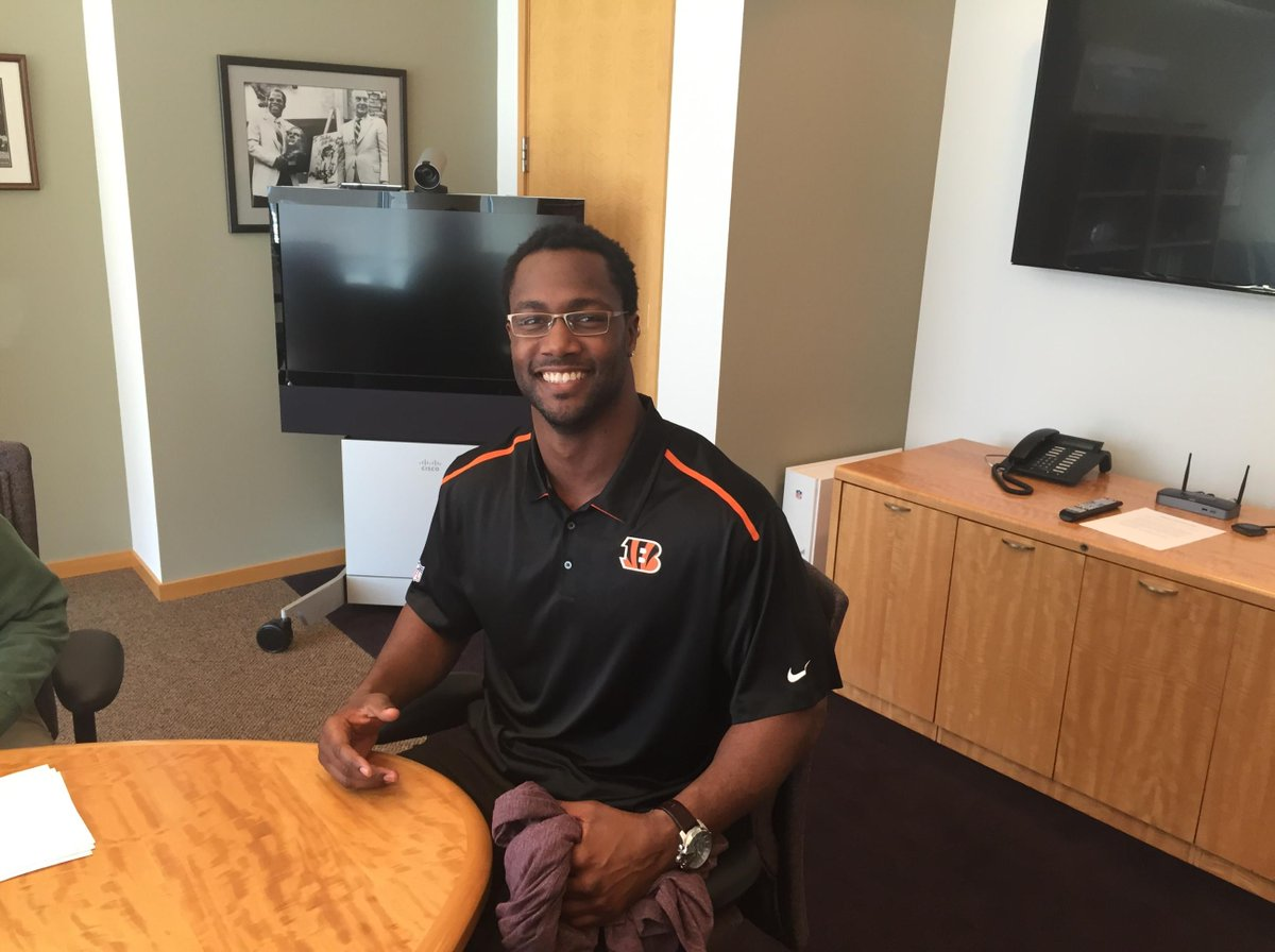 Welcome back Michael Johnson http://t.co/u9Cj4feHjn