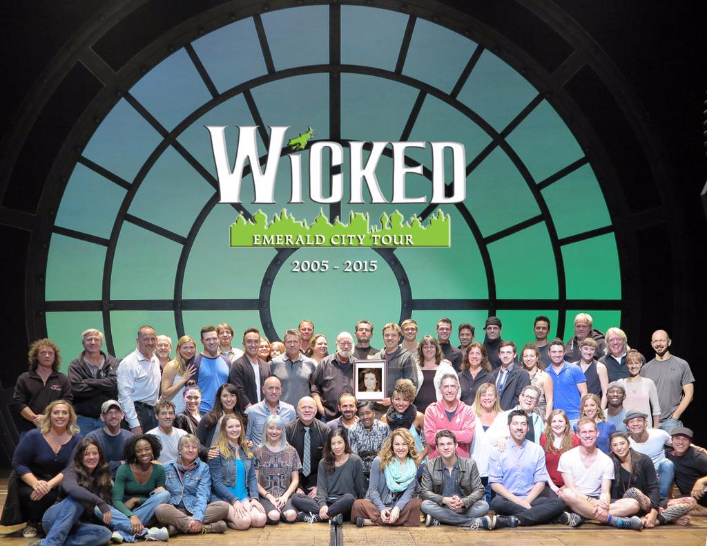 Last day with @WICKED_Musical @Pantages. It's been an amazing ride. Thank you all who have traveled to see us in OZ. http://t.co/to59RHgo8U