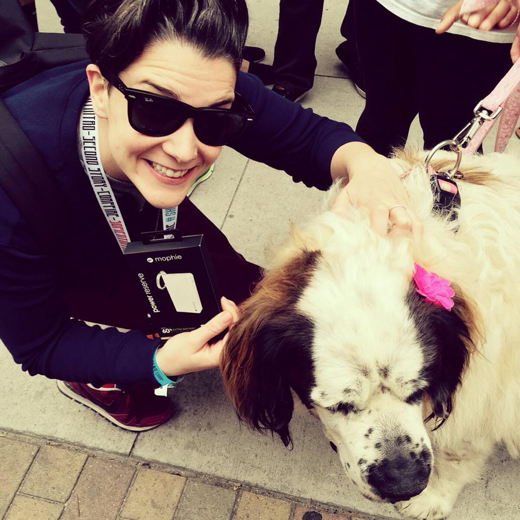 Catherine On Twitter A Huge Thank You To The Mophie Rescue Dogs At Sxsw Today Another Tweet Saved Mophierescue Sxsw15 2nojo Http T Co Q4nksamvec Gesundheitsergebnisse von mophie dudi dog's. twitter