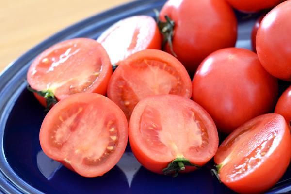 糖度11度以上!甘い「夢のトマト」北陸・富山の厳選食材 (1/3) キレイコラム [キレイスタイル] - 田辺 香 - http://t.co/be1PXmyFjs http://t.co/DrGYZdAXWp