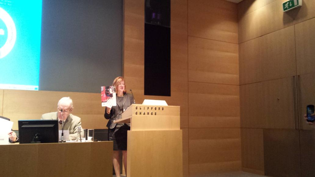 Our first speaker @DepMayorLondon  starts the conference off and holds up 'An Age Friendly City' report #UrbanAgeing http://t.co/ojLvVBFlPY
