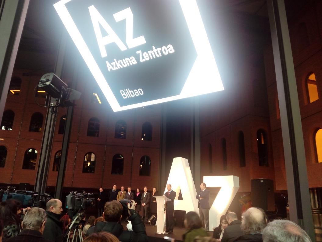 "AlhóndigaBilbao presenta su nuevo nombre: ""Azkuna Zentroa"". http://t.co/81QIbF40Dl"