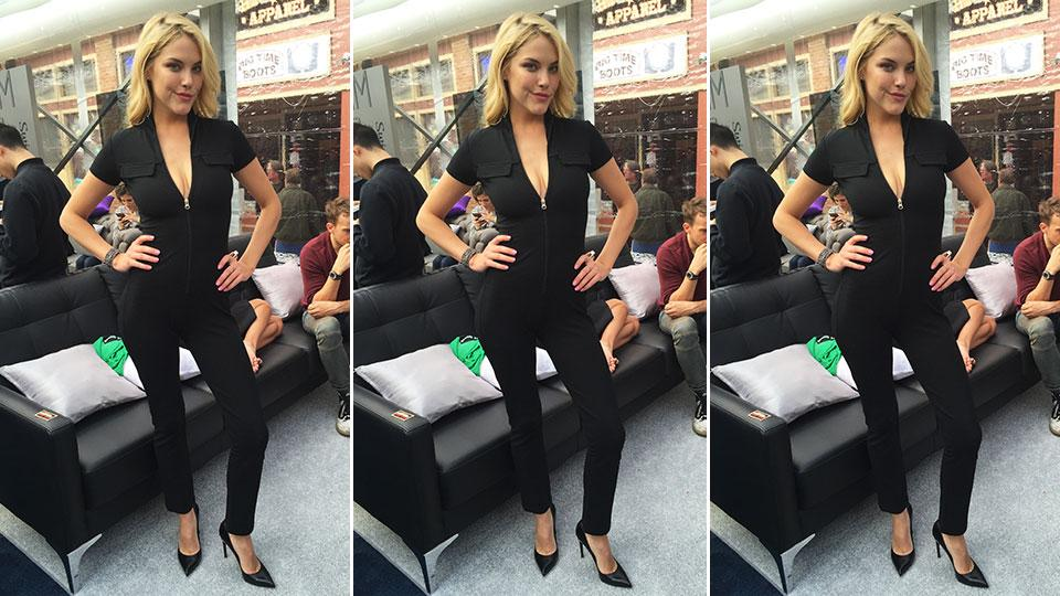 RT @SI_Swimsuit: Recreate rookie @therealashsmith's chic look with @dressfortheday! More: http://t.co/XrbXubkmVq http://t.co/z08JmdVyl5