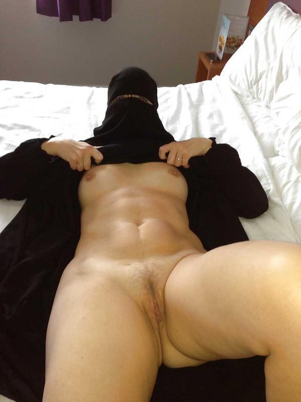 sexo oral hijab