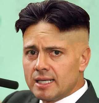 Cada vez nos parecemos más a Corea del Norte #EndefensadeAristegui2 http://t.co/ksOaO7WLMR