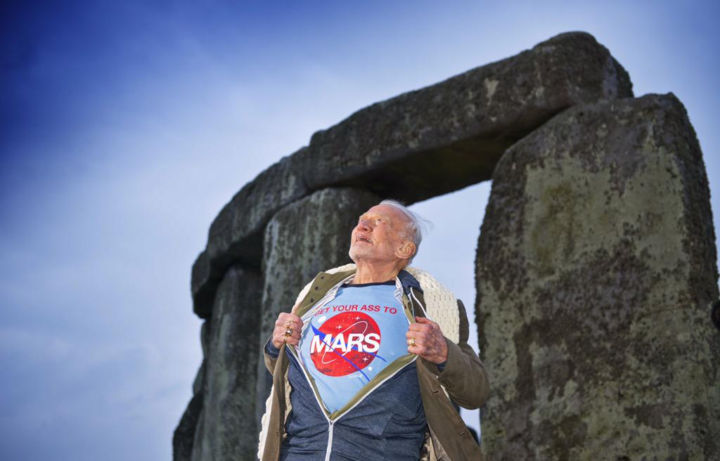 While at @EH_Stonehenge yesterday I decided to send a message to the cosmos. #GYATM (Photo by James O.Davies) http://t.co/ra5Y2OsSPB