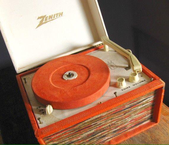 Zenith portable record player