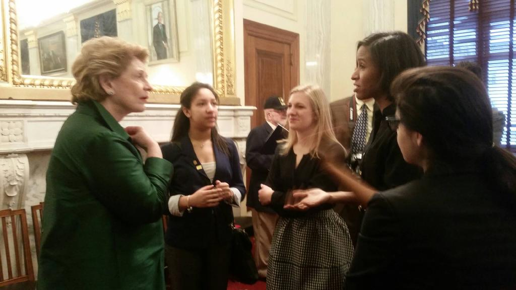 Alternative Spring Break girls talking with @stabenow ab empowering women #liveunited #PoweredbyU @UnitedWay http://t.co/CBeSu27qUh