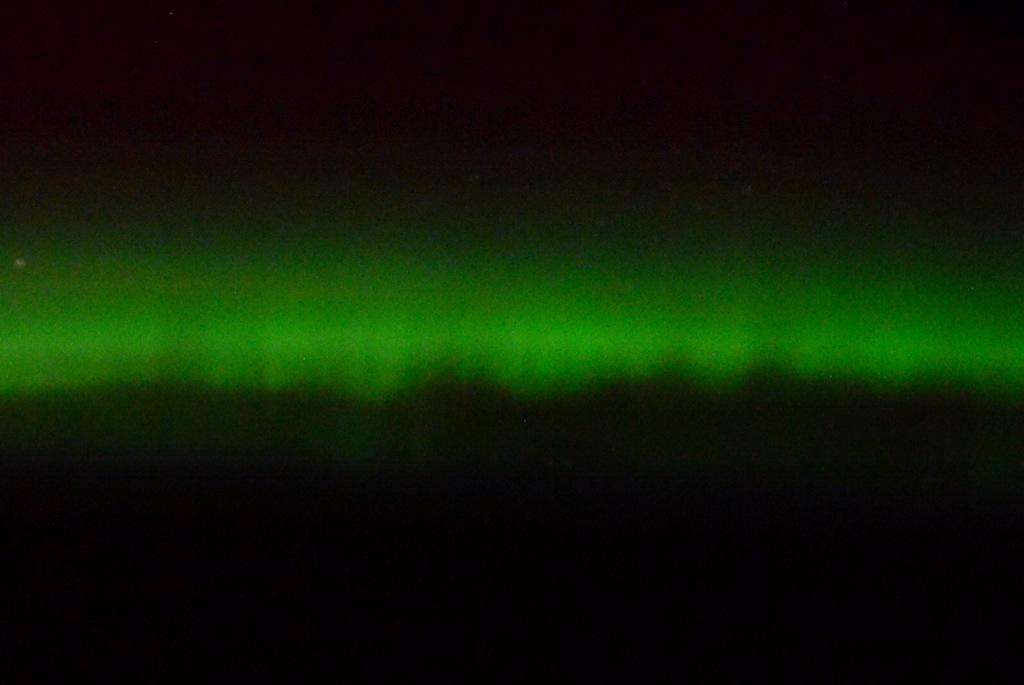 Nature's way of celebrating #StPatricksDay. The most amazing green I've seen, courtesy of a solar flare. http://t.co/M9Mw09NVZR