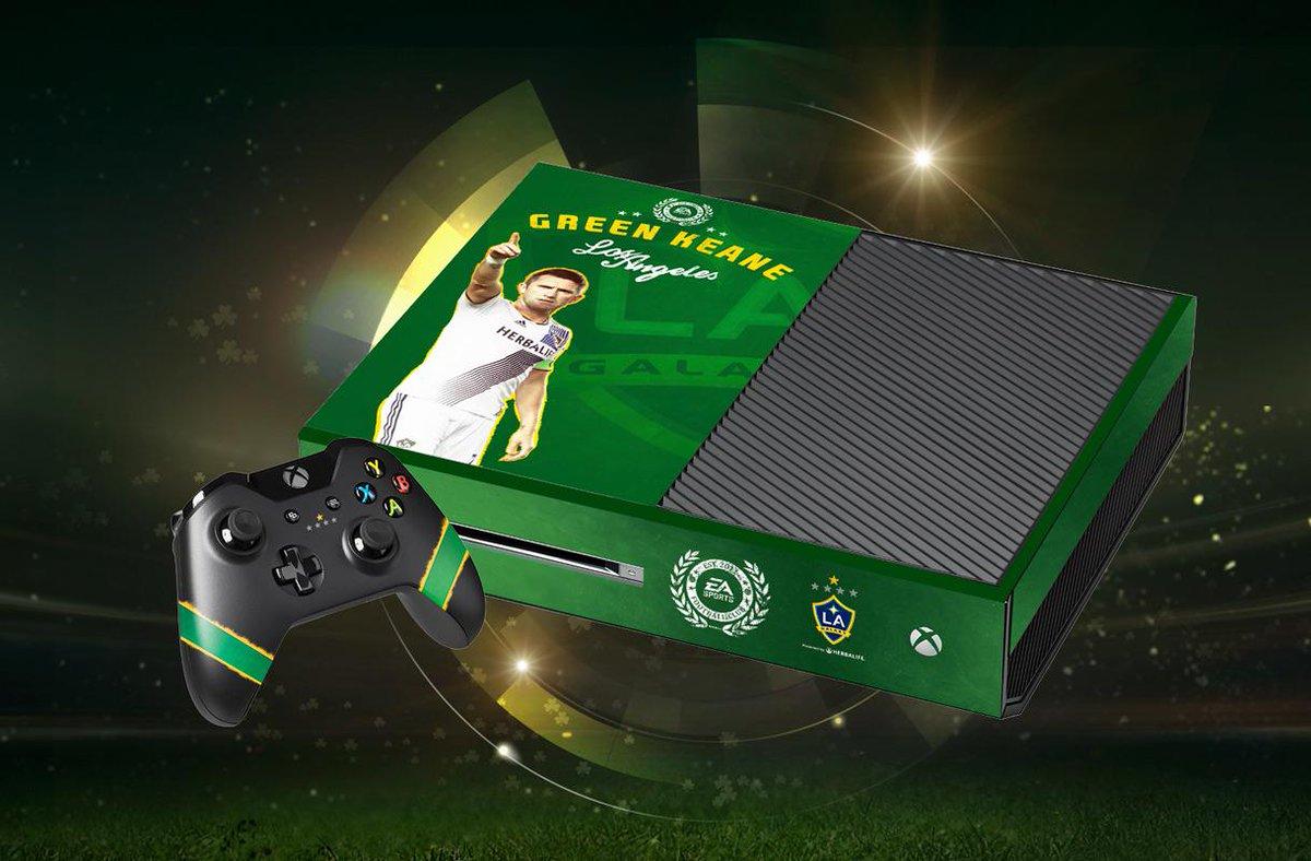 Happy St. Patrick's day! RT + follow for a chance to win this custom Robbie Keane @EASPORTSFIFA @Xbox One #GreenKeane http://t.co/FzspgI9IrI
