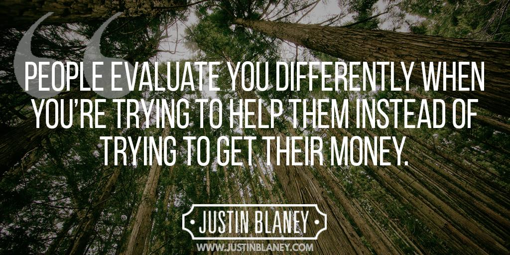 People evaluate you differently when you're trying to help them... http://t.co/sdWglAzWuu http://t.co/P1KqBZdPSo