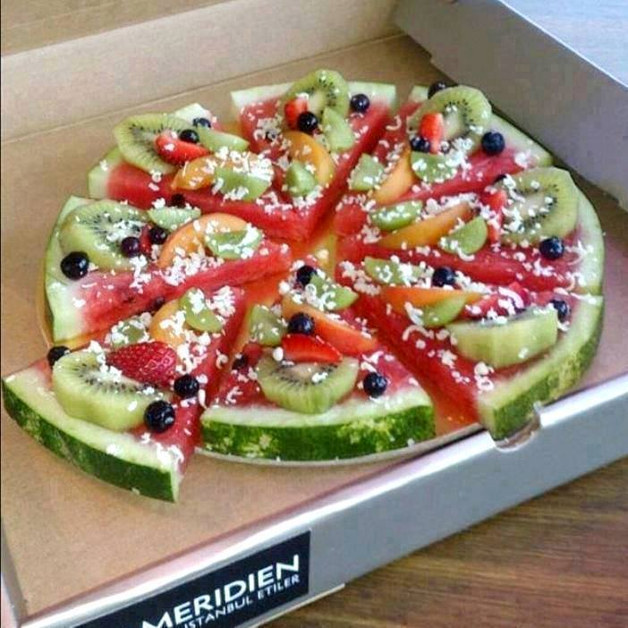We'd love to have one of these delivered poolside this summer! #creative #gfree #foodie http://t.co/gv7Q3K6qQm