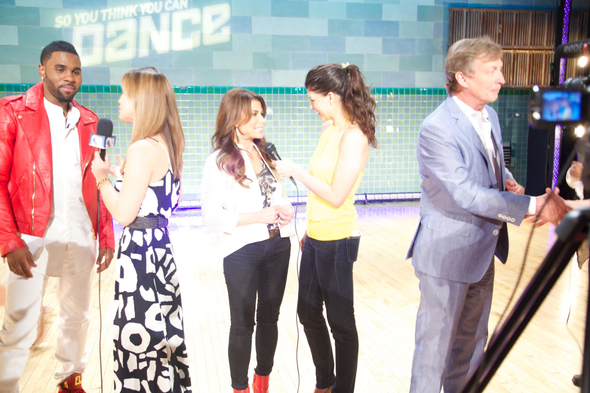 ;) RT @KristinaNikols: Interviewing the incredibly sweet @PaulaAbdul at #SYTYCDAuditions @HollywoodJunket! #dancelove http://t.co/bemjwpkDDC