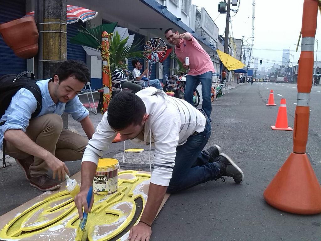 Amanece #Medellín con #PalaceParaTodos @elcolombiano @ADNMedellin http://t.co/WSlC1Vp7F8