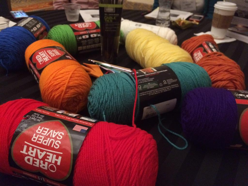 Get ready to be yarn bombed Tampa #4c15 #mw02 http://t.co/HxB72w1AAT