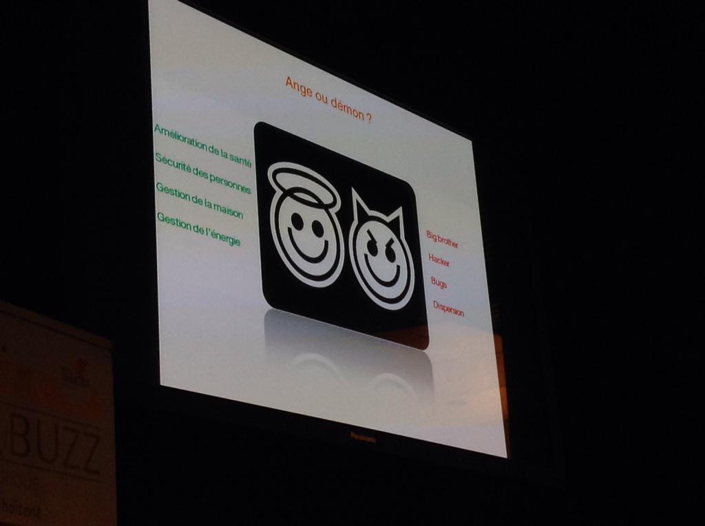 """""""Avec les #objetsconnectes, on est toujours face à une dualité."""" @lmarchou #bzbalsace http://t.co/Jj9jy0SHgO"""