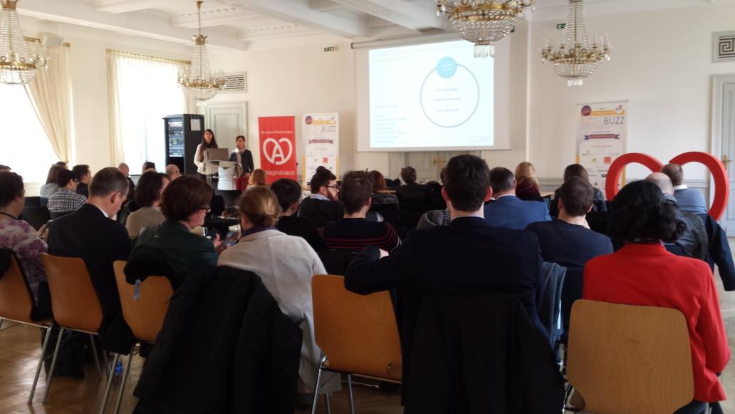 #bzbalsace une salle encore bien remplie pour la dernière conférence de la journée sur la communication omnicanal http://t.co/P9iCaNliAY