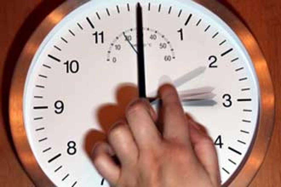 ora legale cambio lancette orologio
