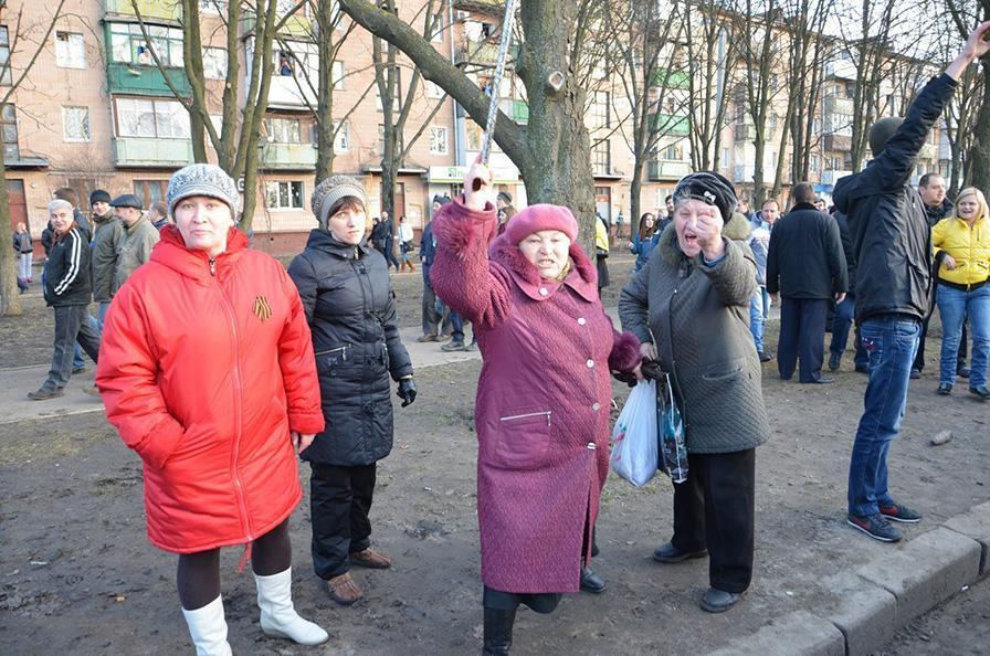Террористы готовят на 20 марта в Донецке спецоперацию, направленную на срыв минских соглашений, - СБУ - Цензор.НЕТ 4646