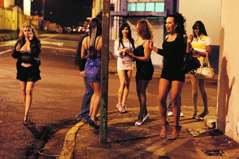 callejeros prostitutas sexo con prostitutas español