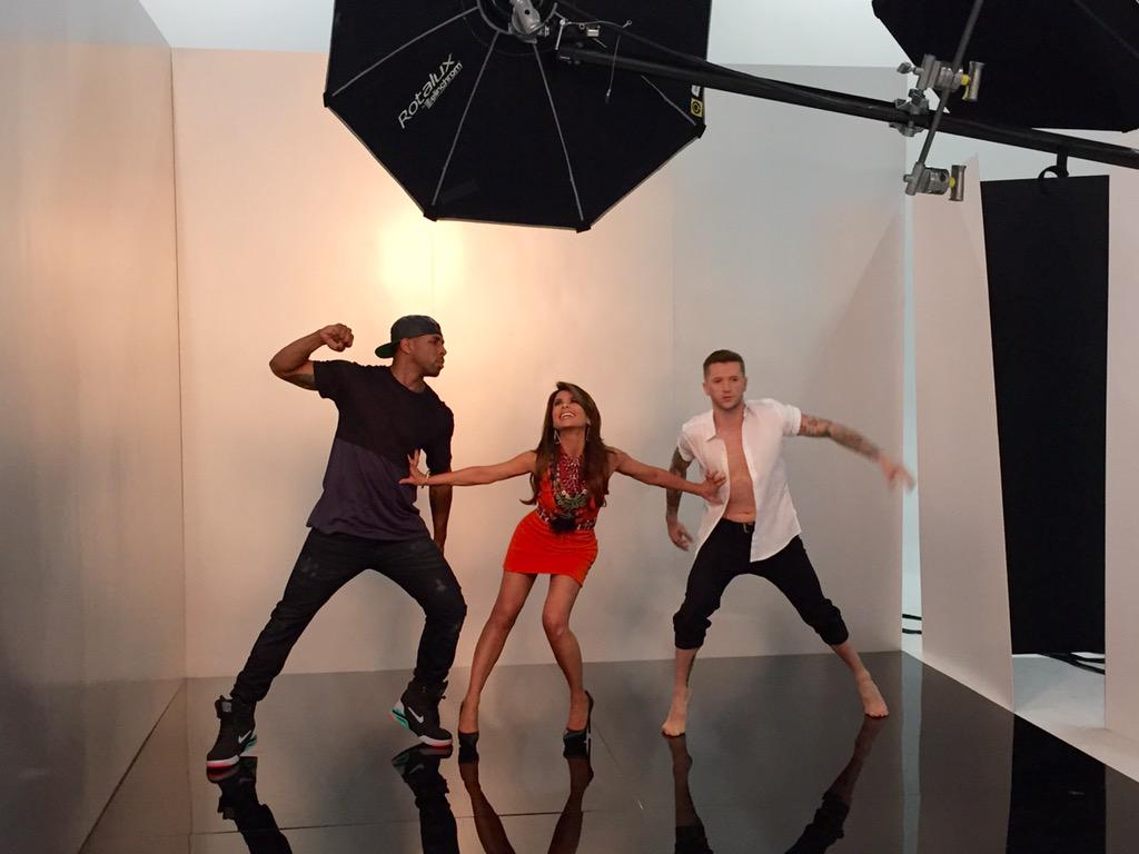 RT @DANCEonFOX: #SYTYCD judge @PaulaAbdul and mentors @official_tWitch & @traviswall have the MOST fun! ❤️❤️❤️ http://t.co/lK8A0IfPy8
