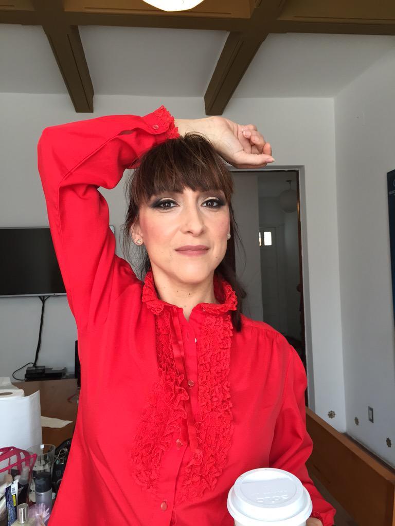 Acá el resultado final del maquillaje de @mariadelpilarrr. Lista para sus entrevistas de hoy! Makeup by @MakeupHunter