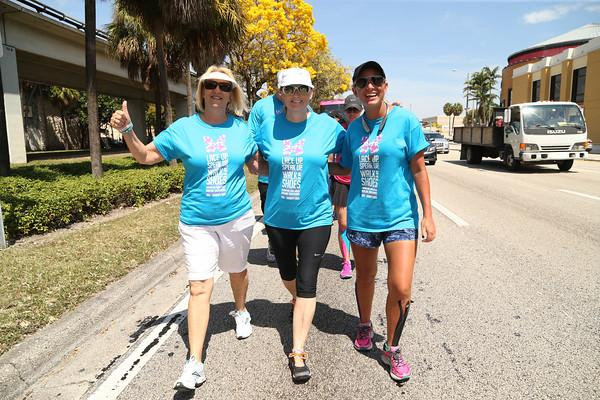 Today walking w/ Diane Philbin wife of Coach Philbin of the @MiamiDolphins! Such an honor! #GoFins #FinsUp #Dolphins http://t.co/EV3qR2YFu9