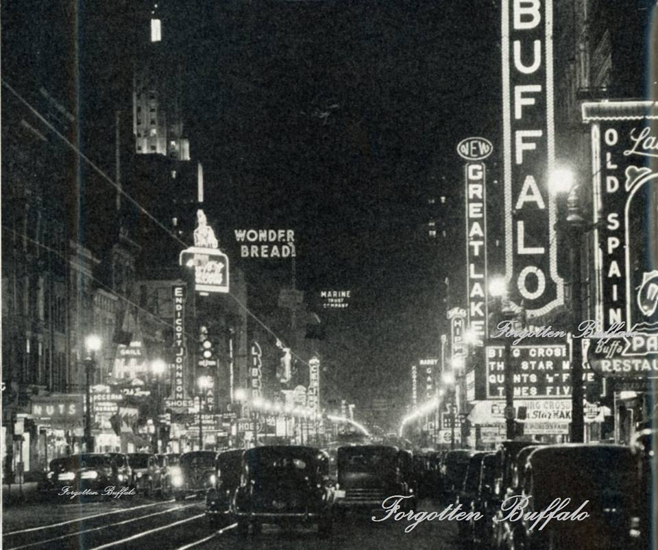 #ThrowbackThursday Main St. at night -1939 #Buffalo #BuffaloTheatreDistrict #downtownBuffalo @SheasBFLO #TBT http://t.co/Bnmxcg62dX