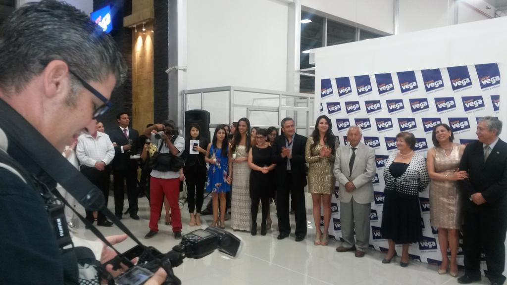 Inauguracion HOME VEGA En Plaza Design Familia Vega Gente Trabajadora Que Se Arriesga A Seguir Emprendiendopictwitter JZKiA8j7OL