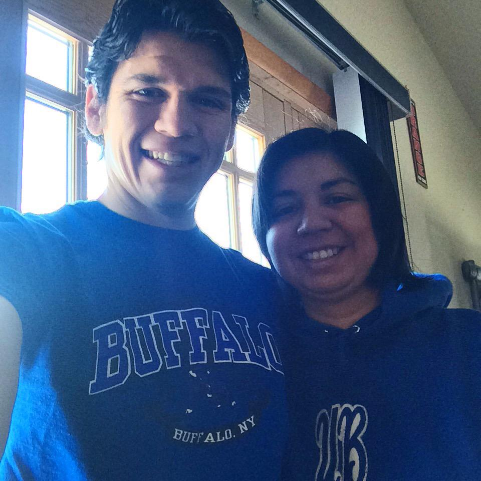 "Qui!! RT: ""@ncampos84: Gone to Montreal for the day, but cheering on UB from afar! @BeynanR #UBDancing #UBuffalo http://t.co/40PC2bAZnB"""