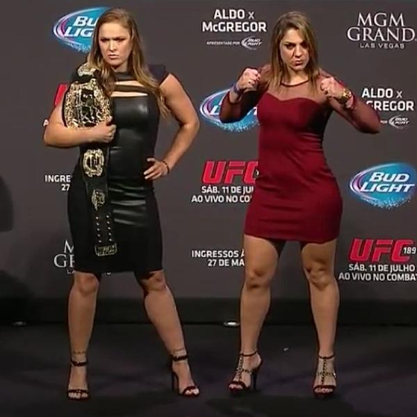 UnderGround Forums >>Ronda Rousey vs Bethe Correia Staredown GIF