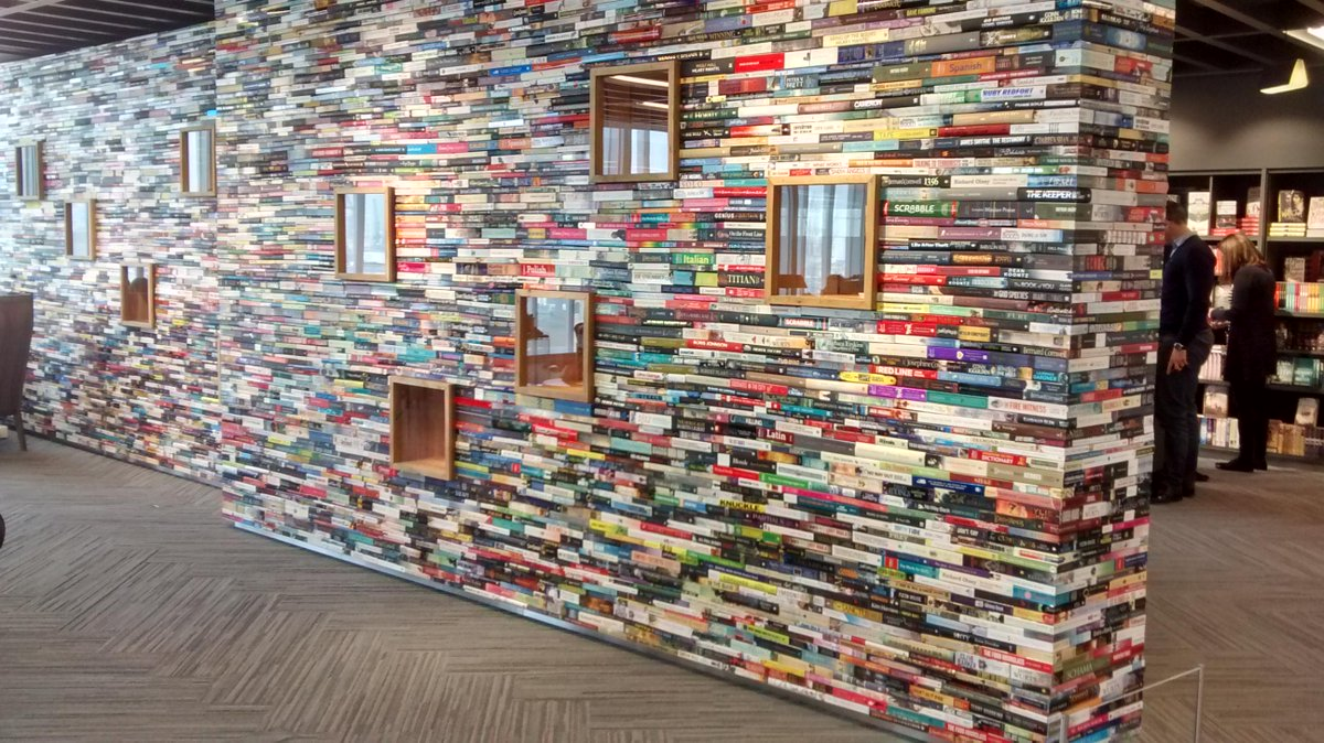The amazing book wall at the @HarperCollinsUK offices. So cool!! @Harper360UK #lovebooks http://t.co/gBtsPqLCR5