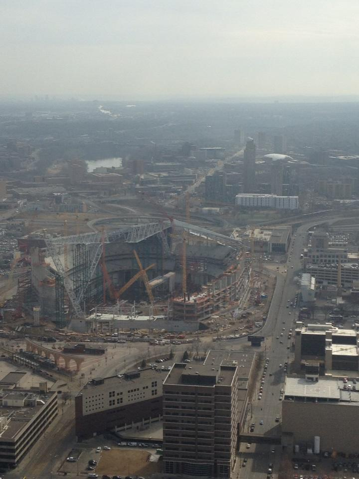 Wow, check out the progress on the new @vikings stadium..... Beautiful day in March http://t.co/sMVAqQzqzL