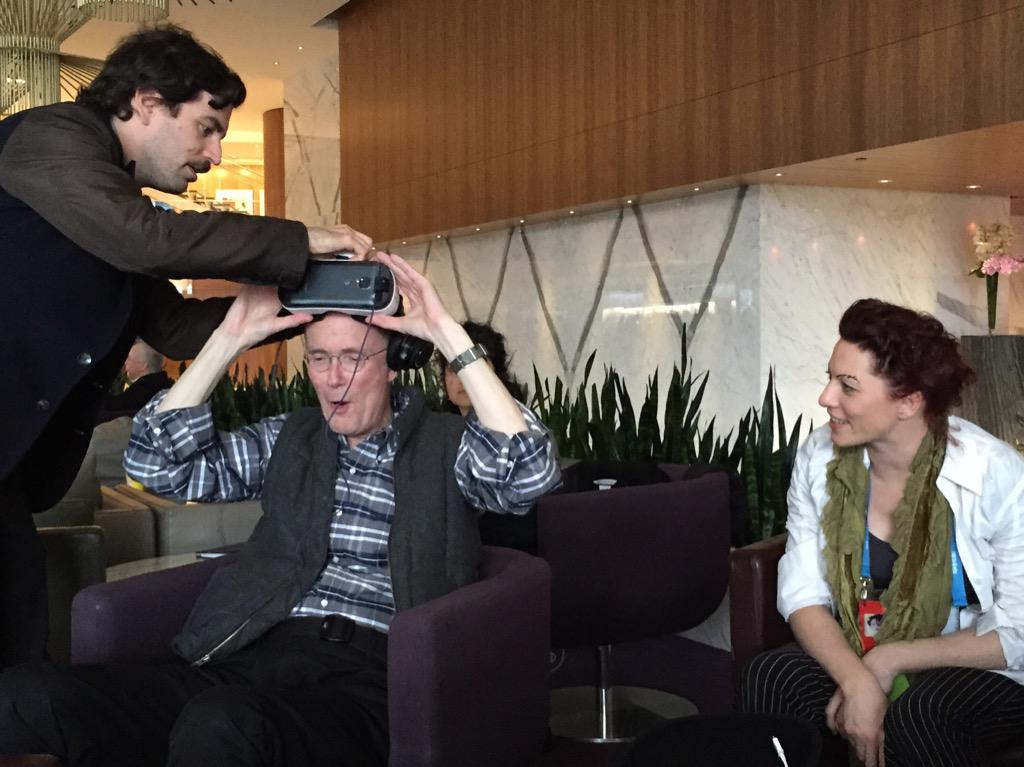 "just now, William Gibson tries VR headset for the 1st time.""they did it!"" w/ @arikuschnir @amandapalmer @GreatDismal http://t.co/Vi0sAHAUH6"