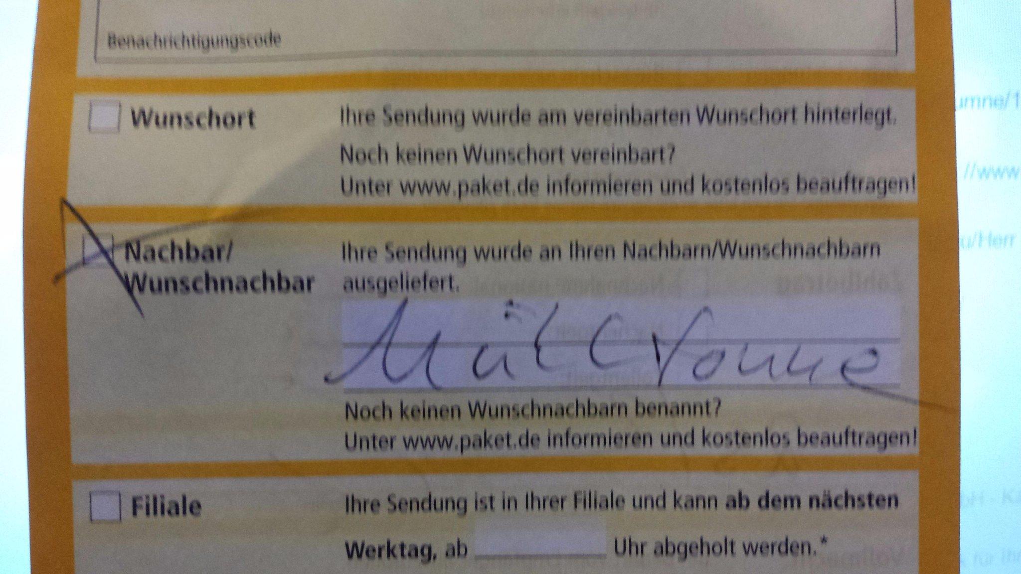 @_ungenau_ @dpd_de Bei uns lag es im Mülleimerverschlag und ein Zettel im Briefkasten: http://t.co/VBRRiRD64Q