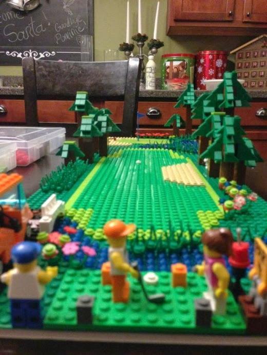 The ultra-cute Lego #golf course. http://t.co/nfBnwPy0oo