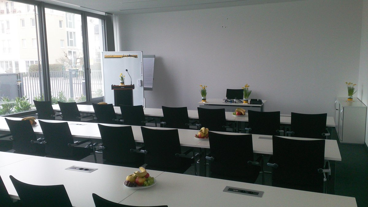 The main room of #sitFRA event. BTW: coffee is also available:) http://t.co/uaWw6G3bRR