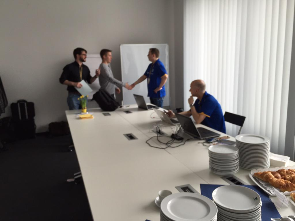 #warm up at #sitFRA http://t.co/rRZ1X4Rpbt