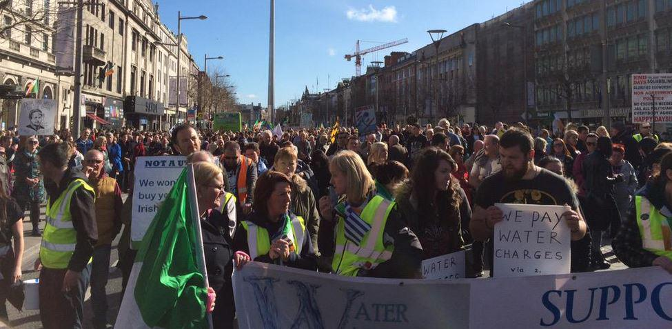 Some 80,000 people attend mass rally in Dublin against the imposition of water taxes