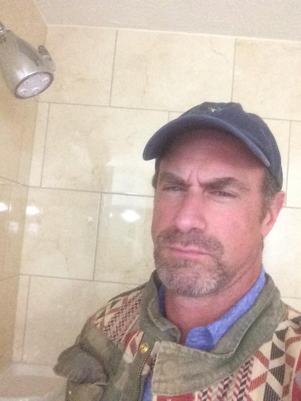 Chris meloni on twitter shower selfie yaaaaaah http for Meloni arredamenti oristano
