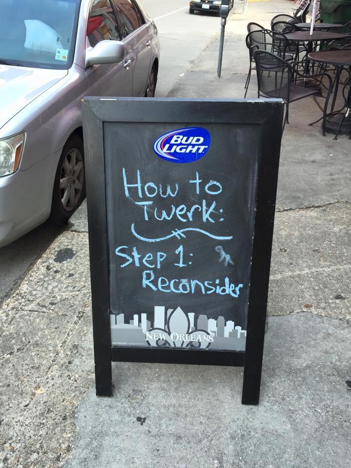 The best humor comes on signs outside bars: http://t.co/3pbjCnhp9V