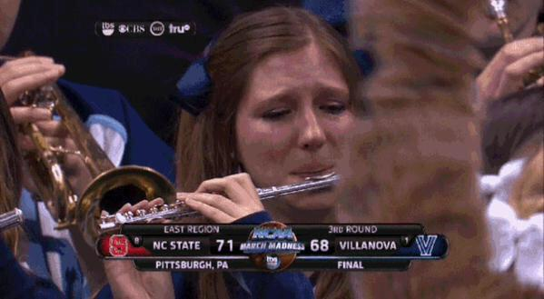 Blowing it like she's trying to save her relationship ##MarchMaddness http://t.co/NGh8S7BwZr