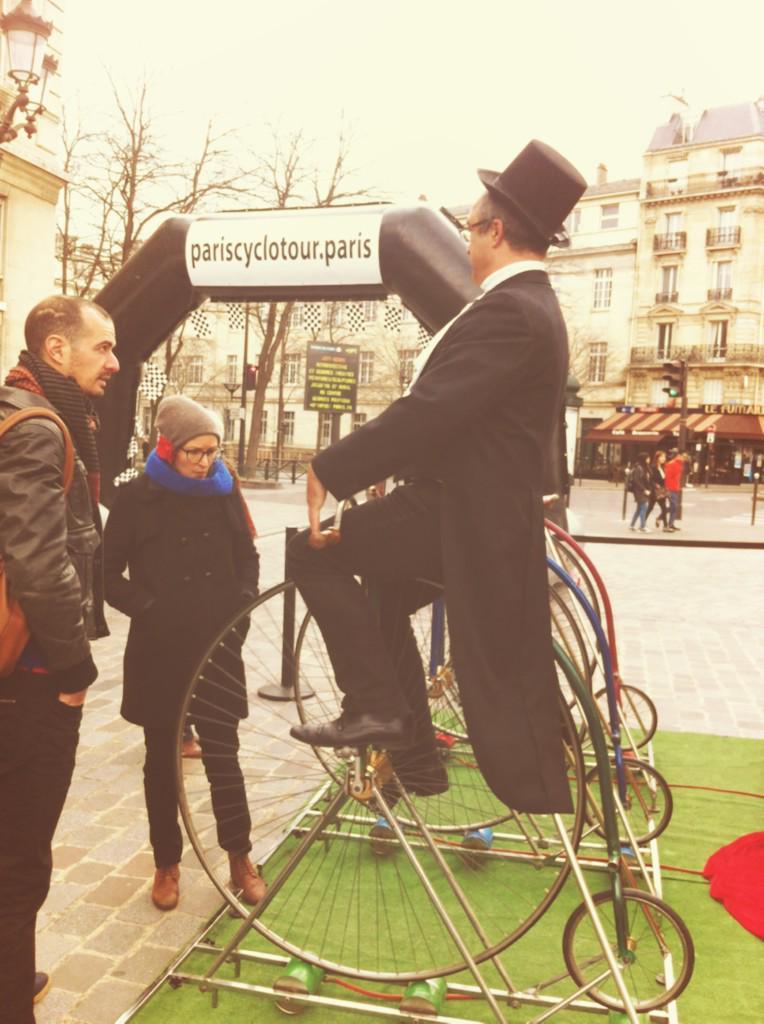 Un petit tour de vélo ? #ecogames #mairiedu13 pic.twitter.com/L9QdGgfn46
