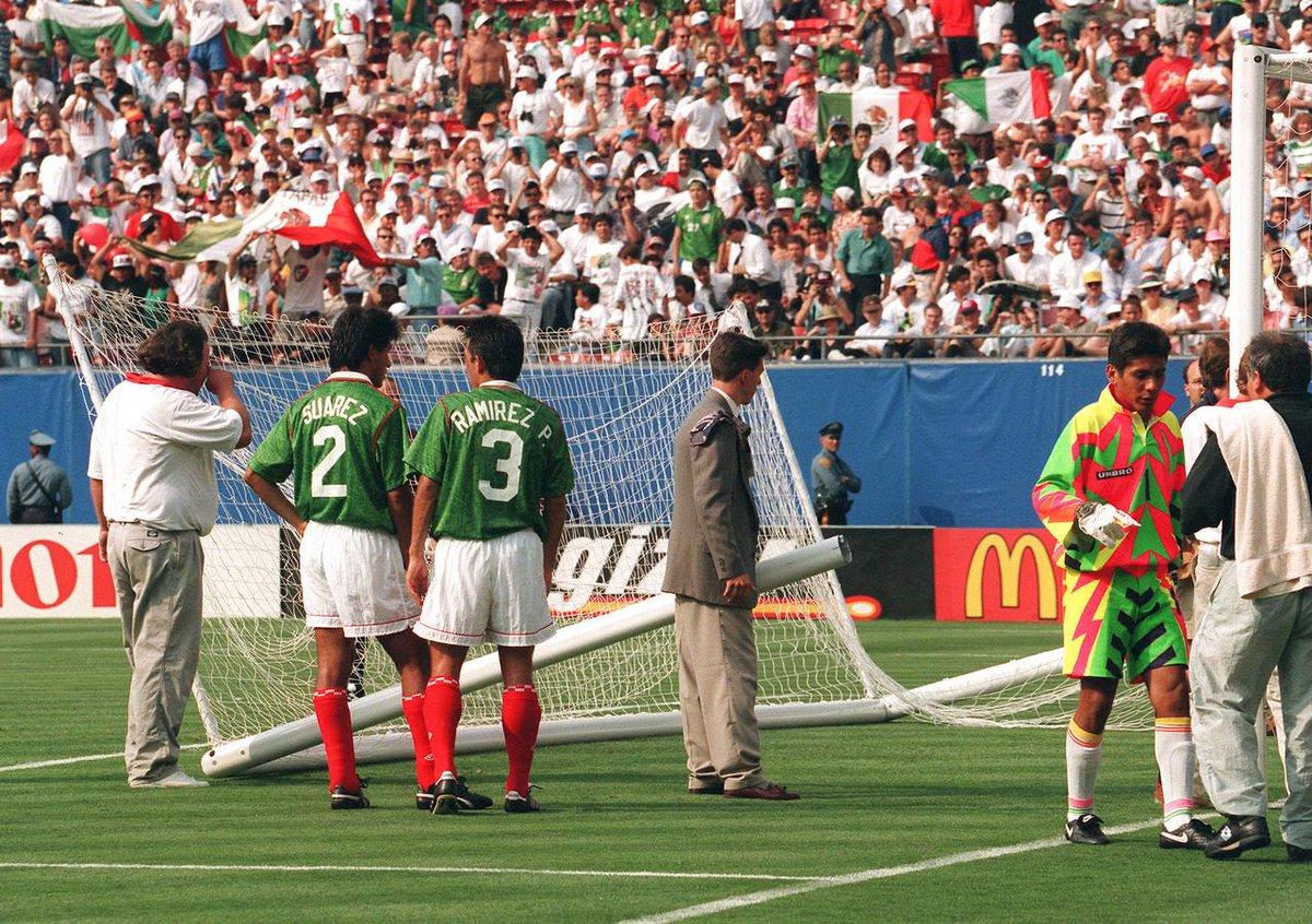 Мексика - Болгария 1994. Марселино Берналь порвал сетку