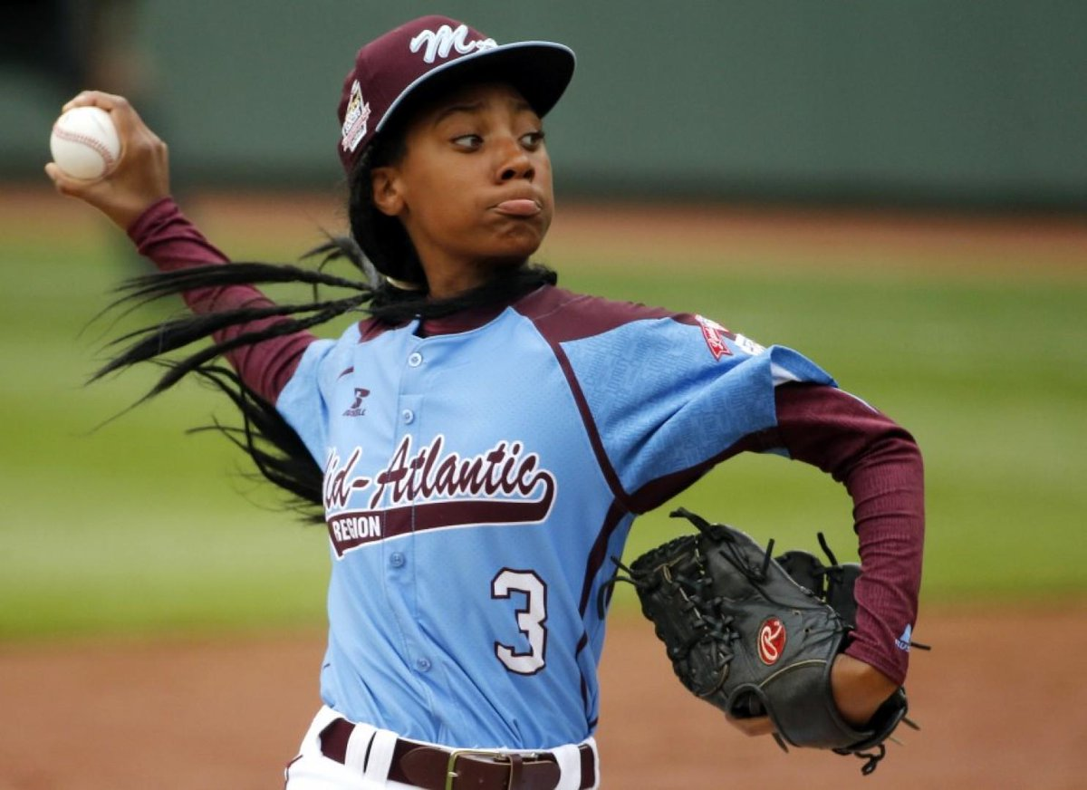 An offensive tweet about Mo'Ne Davis gets a college baseball player kicked off his team. http://t.co/OR7RWG6c8a http://t.co/3COdtZmBCq