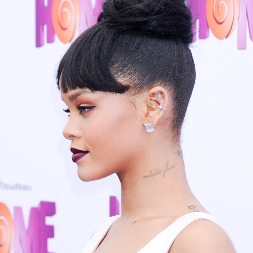 Fotos de Rihanna (apariciones, conciertos, portadas...) [15] - Página 49 CAuPWEwW8AEZtht